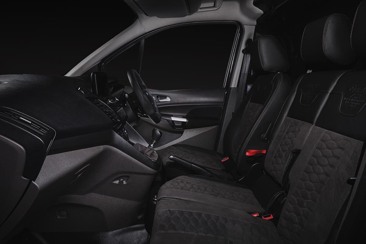 5 and 6 seat Double Cab seating options